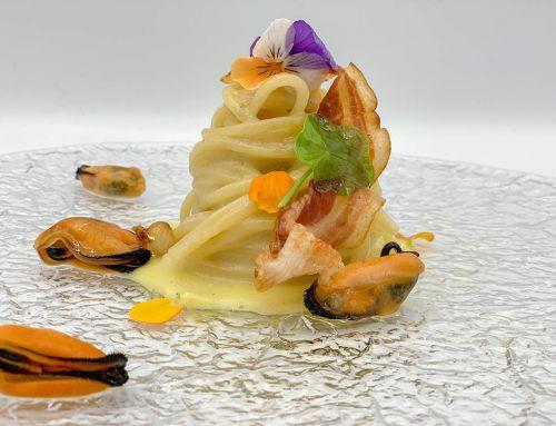 Bucatini Marulo cacio pepe e chips di pancetta